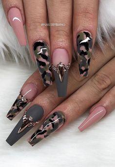 Nail Shapes - My Cool Nail Designs Glam Nails, Hot Nails, Bling Nails, Summer Acrylic Nails, Best Acrylic Nails, Camo Acrylic Nails, Acrylic Nails Almond Shape, Coffin Nails, Stylish Nails