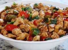 Que tal um pouco da cozinha oriental em casa? Faça uma receitinha bem gostosa da culinária chinesa e agrade muitos paladares.