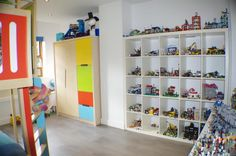 Plenty of storage space for all those toys! http://spr.ly/6008Ba2YK #kidsrooms #bedroom #toys