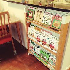 Lounge,はじめてのDIY,はじめての投稿です!,絵本棚 手作り,ラブリコ ディアウォール DIY spring_day_0524の部屋