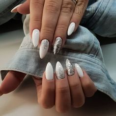Простые Идеи Для Маникюра 2020❤️ | Beauty помощник | Яндекс Дзен Creative Nail Designs, Creative Nails, White Nail Art, White Nails, White Polish, Hair And Nails, My Nails, Prom Nails, Nagel Blog