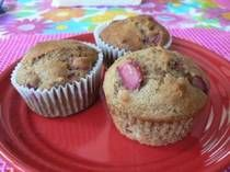 low fat, whole wheat, rhubarb muffins