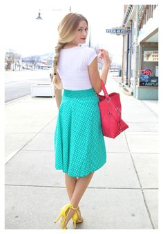 Polka dots & MINT!! Adorable combination on this spring look!