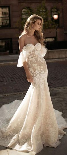 Wedding Dresses Lace Sleeves Berta Bridal Fall 2017 Collection - Belle The Magazine.Wedding Dresses Lace Sleeves Berta Bridal Fall 2017 Collection - Belle The Magazine Gorgeous Wedding Dress, Dream Wedding Dresses, Bridal Dresses, Wedding Gowns, Fall Dresses, Wedding Dresses Tight Fitted, Dressy Dresses, Formal Dress, Wedding Venues