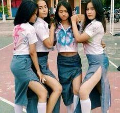 siswi smu pamer celana dalam at DuckDuckGo School Girl Japan, School Uniform Girls, Girls Uniforms, Beautiful Hijab, Beautiful Lingerie, Indonesian Women, Hijab Fashion, Asian Girl, Hot Girls