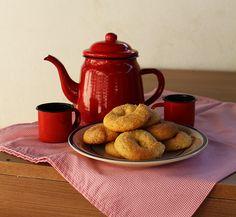 Biscoito de Nata 9 Tea Pots, Tableware, Crack Crackers, Recipes, Dinnerware, Tablewares, Tea Pot, Dishes, Place Settings
