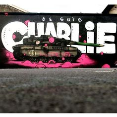 """Je Suis Charlie"" Something new from Gris One DMV in Paris, France streetart - Je suis charlie - Charlie hebdo Satire, Graffiti Art, Caricatures, Charlie Hebdo, Charlie Charlie, Tribute, Best Street Art, Wall Drawing, Street Art"