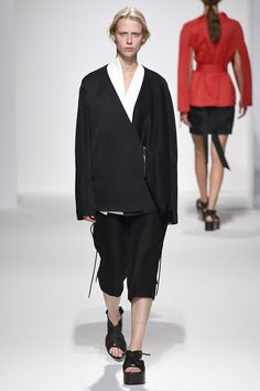 Chalayan - Spring 2017 Ready-to-Wear