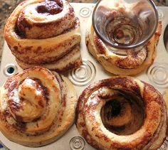 Cinnamon Roll FroYo Sundaes - Oh my, what goodies you can make with ...
