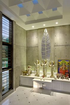 40 Mind Calming Wooden Home Temple Designs Temple Room, Home Temple, Pooja Room Door Design, Home Room Design, Wall Design, Dipen Gada, Temple Design For Home, Mandir Design, Puja Room