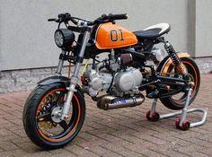 Le blog des Smootards Lurrons, humeurs, réactions, billets concernant le monde de la moto et du scooter.