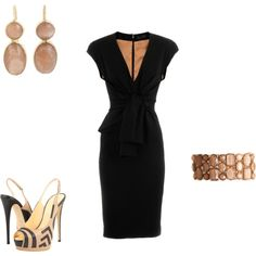 .love the dress with different accessories