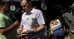 ¡DICTADURA DEL HAMBRE! Canasta básica venezolana aumentó 433,9% en 2016, según un estudio
