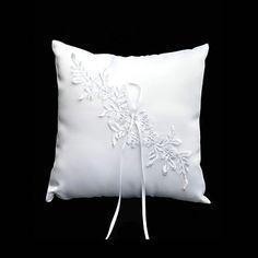 anillo de la almohada de raso blanco y encaje con perlas de imitación – EUR € 8.24