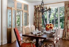 English Tudor - traditional - dining room - san francisco - by Linda L. Floyd, Inc. Dining Room Design, Dining Area, Dining Rooms, Rose Curtains, English Country Style, French Country, Interior Design Portfolios, Curtain Designs, Country Decor