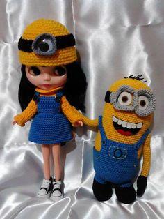 Blythe Minion dress https://www.facebook.com/Con.estas.manicas
