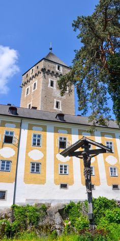 Naturschauspiel: Tatort Natur Mansions, House Styles, Home Decor, Places, Mansion Houses, Homemade Home Decor, Villas, Fancy Houses, Interior Design