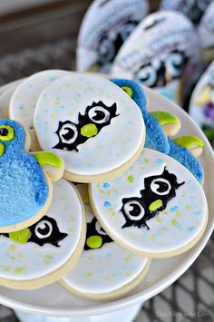 This Hatchimals birthday party is sure to put a smile on your little ones face. We've got the cutest cookies, hatchy birthday popcorn and even a themed cake. Birthday Popcorn, New Birthday Cake, Pink Birthday Cakes, Birthday Fun, Birthday Parties, Pink Cakes, Birthday Ideas, Diy Party, Party Ideas