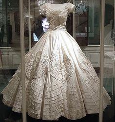 4e30cc8ea08 Jacqueline Bouvier Kennedy s wedding dress