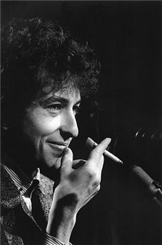 Bob Dylan, San Francisco, CA 1965.  I like his voice a lot, and his lyrics even more..