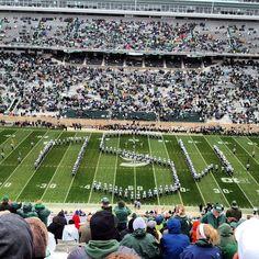 MSU marching band opening up the game #michiganstateuniversity #michiganstate #universityfootball #football #Padgram
