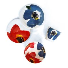 Linha Floral em Cerâmica - Loja Muug     Floral Pottery developed by MUUG