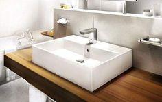 Der Waschtisch aus der Serie Strada besticht durch seine geradlinige rechteckige Grundform.