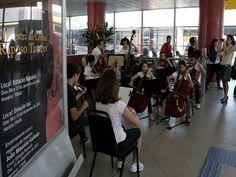 Nos dias 13 e 15 de dezembro, as estações Luz e Butantã, da Linha 4 - Amarela de metrô, receberá apresentações do Projeto Orquestra Raposo Tavares, com entrada Catraca Livre.