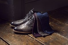 BUGATTI AUTUMN/WINTER 2016 | Our team member Jacob is totally into his new socks in three different colours. What did St. Nicholas left for you? #bugattifashion #menswear #boots #socks