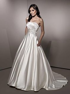 Ella Rosa Be152 Size 14 Ivory/Ivory/Silver. Original Price $979, Sale Price $739.