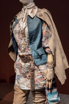 'Outlander': See the season 4 costumes that Terry Dresbach worried would be 'dull' Serie Outlander, Outlander Season 4, North Carolina Weather, Camouflage, Terry Dresbach, Scottish Clothing, Movie Costumes, Ballet Costumes, Diana Gabaldon