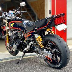 Honda Motorcycles, Cars And Motorcycles, Cb750, Super Bikes, Vintage Bikes, Custom Bikes, Cool Bikes, Motocross, Engineering