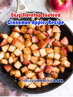 Easy Stovetop Sautéed Cinnamon Apples Recipe - Educacionparaelexito Cinnamon Recipes, Cinnamon Apples, Apple Recipes, Holiday Recipes, Healthy Sweet Treats, Healthy Eats, Healthy Chicken Recipes, Cooking Recipes, Apple Crumble Cake