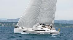 BAVARIA Yachts - CRUISER 41   – THE CRUISER WITH SPORTY PERFORMANCE. New