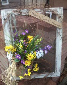 Upcycled spring window frame home decor – Artofit Window Screen Crafts, Old Window Screens, Old Screen Doors, Window Art, Painted Window Screens, Window Frames, Window Ideas, Vintage Windows, Old Windows