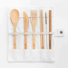 This eco-friendly cutlery set made from beautiful lightweight Moso Bamboo. Reusable cutlery sets are great if you want to stop using disposable cutlery on the go or if you want your own cutlery in the office. Bamboo Species, Brown Glass Bottles, Moso Bamboo, Coconut Shell, Cutlery Set, Trees To Plant, Eco Friendly, Sustainable Products, Pouch