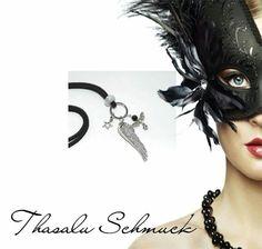 Kette, mit kleinem Schutzengel und Engelflügel,  zu finden auf Facebook Thasalu Schmuck   https://m.facebook.com/Thasalu-Schmuck-Chunks-Co-295839107195113/