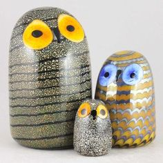 Buy Oiva Toikka's glass from Iittala and Nuutajärvi. Secure payment and fast global shipping. Birds 2, Small Birds, Glass Birds, Song Thrush, Arctic Tern, Owl Family, Unique Trees, Tree Sculpture, Vintage Birds