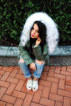 Kontatto Parka with white fur Adidas metal toe sneakers White Fur, Fur Slides, Parka, Fur Coat, Toe, Adidas, Metal, Sneakers, Jackets