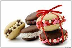 Yummy ashley says Gingerbread Cookies, Doughnut, Mini, Panna Cotta, Good Food, Fun Food, Sweet Treats, Favorite Recipes, Pasta