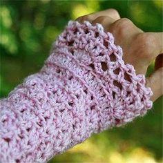 Little Crochet Wrist Warmers - Crochet Wrist Warmers - YouTube
