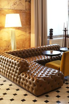 This hotel is a mecca for sophisticated, international creatives. Interior Design Inspiration, Home Interior Design, Living Spaces, Living Rooms, Mud Rooms, Laundry Rooms, Edition Hotel, Floor Decor, Home Staging