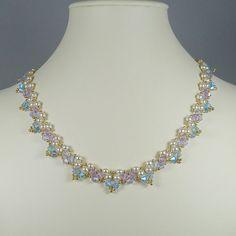 Halskette gewebt Perle und blau und von IndulgedGirl auf Etsy