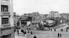 Bombardarea Bucureştilor în '44: mii de morţi şi sute de clădiri făcute praf (Fotografii şocante)   Historia