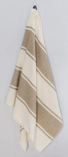 Non-toxic linen bath towel