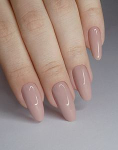 "If you're unfamiliar with nail trends and you hear the words ""coffin nails,"" what comes to mind? It's not nails with coffins drawn on them. It's long nails with a square tip, and the look has. Oval Nails, Nude Nails, My Nails, Coffin Nails, Brown Nails, White Nails, Pale Pink Nails, Stylish Nails, Trendy Nails"