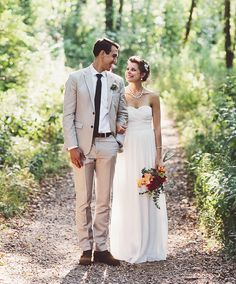 Chicago Backyard Foodie Wedding: Lissa + Ben | Green Wedding Shoes Wedding Blog | Wedding Trends for Stylish + Creative Brides // as soon as I saw it I knew-- this is the J. Crew dress I want!!