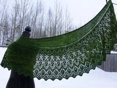 Lace shawl with beads and nupps