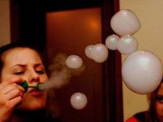 It doesn't take a genius to realize dry ice is awesome, and with Halloween right around the corner, you're bound to be seeing a lot of it. But did you know dry ice bubbles can be used as a practical effect to make whirling, churning alien planets? Smoke Tricks, Vape Tricks, Ganja, Dry Ice Bubbles, Alien Planet, Puff And Pass, Pipes And Bongs, Youre My Person, Smoke Weed