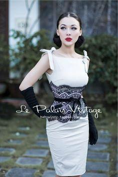 Le Palais Vintage Sexy Lace Sheath Dress